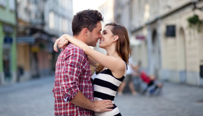Dating married woman tips