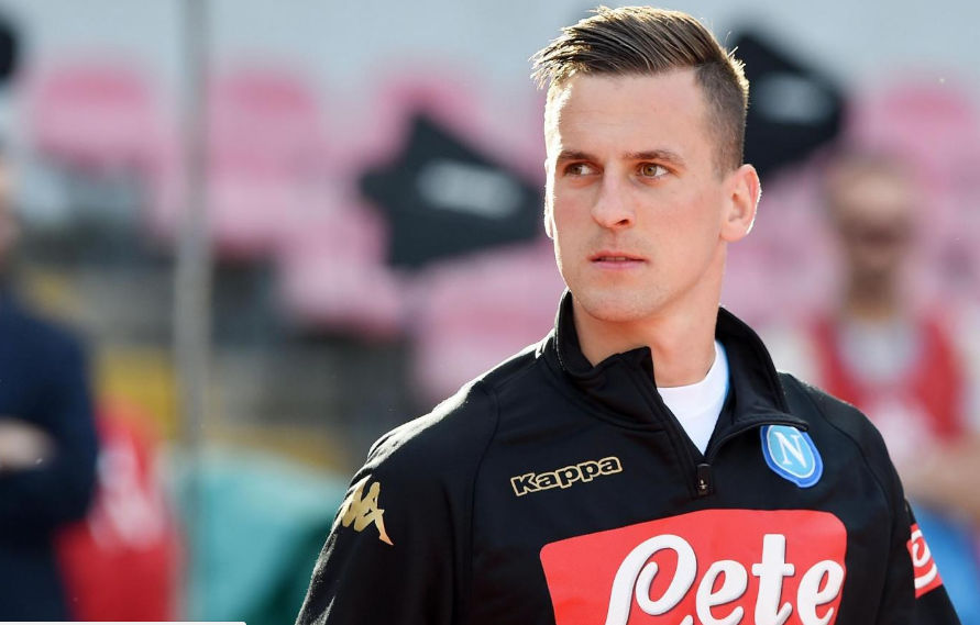 Tinder Teams Up With Napoli Football Club To Give Fans The Chance To Meet Striker Arkadiusz Milik