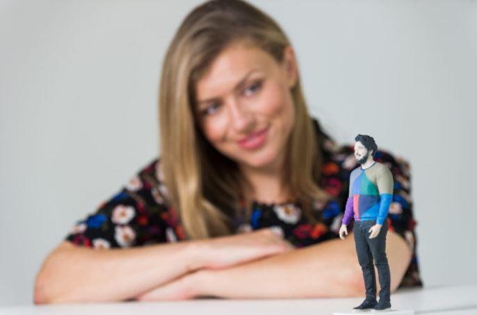 Match com Creating 3D-Printed Figurines Of Real Match com