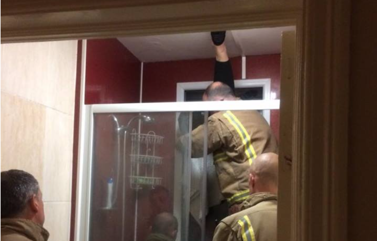 Tinder Date Ends In Nightmare After Woman Gets Trapped In Window Trying To Retrieve Her Own Poo