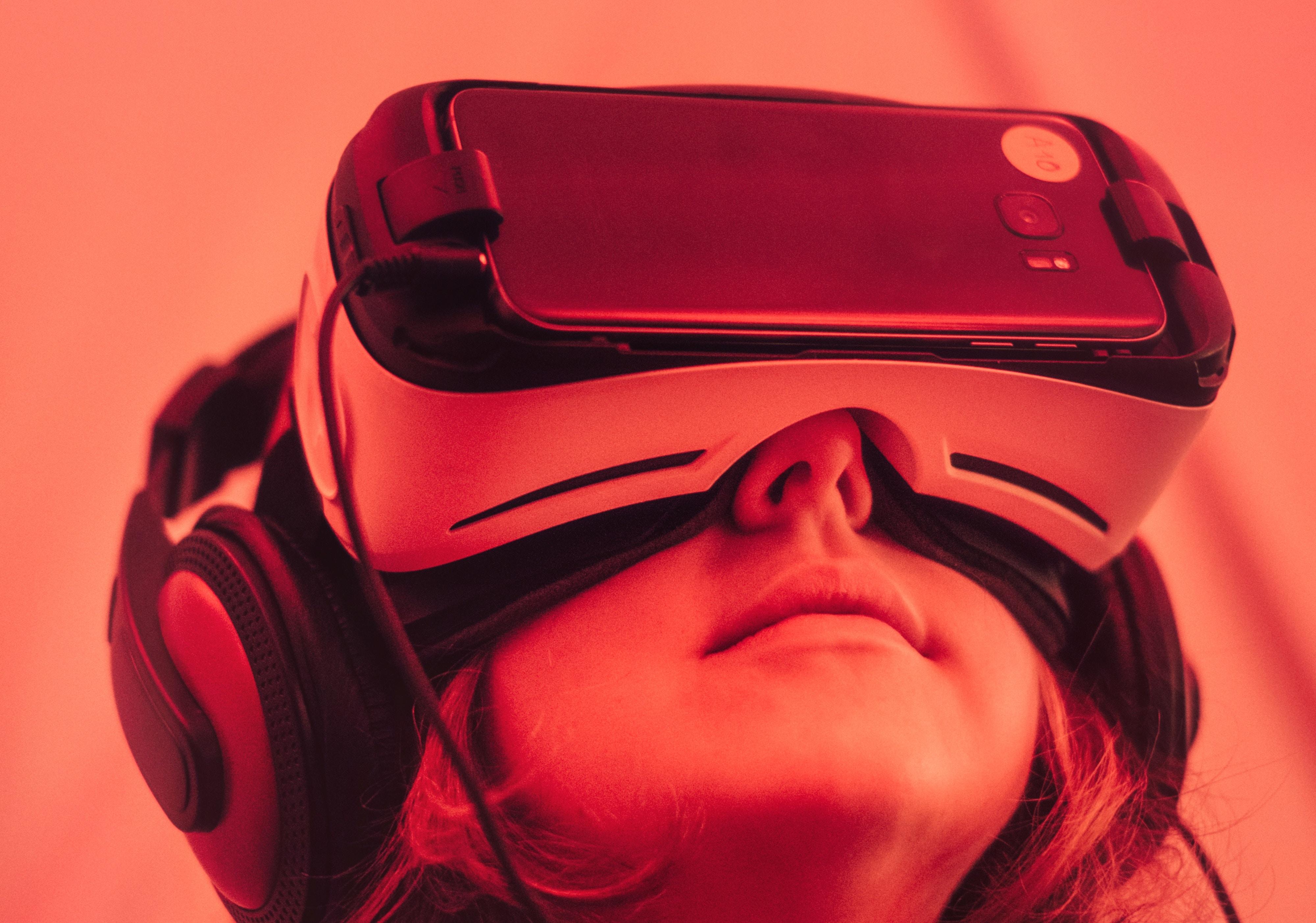 VR Dating Site. Cauta? i o servitoare urgenta de locuri de munca