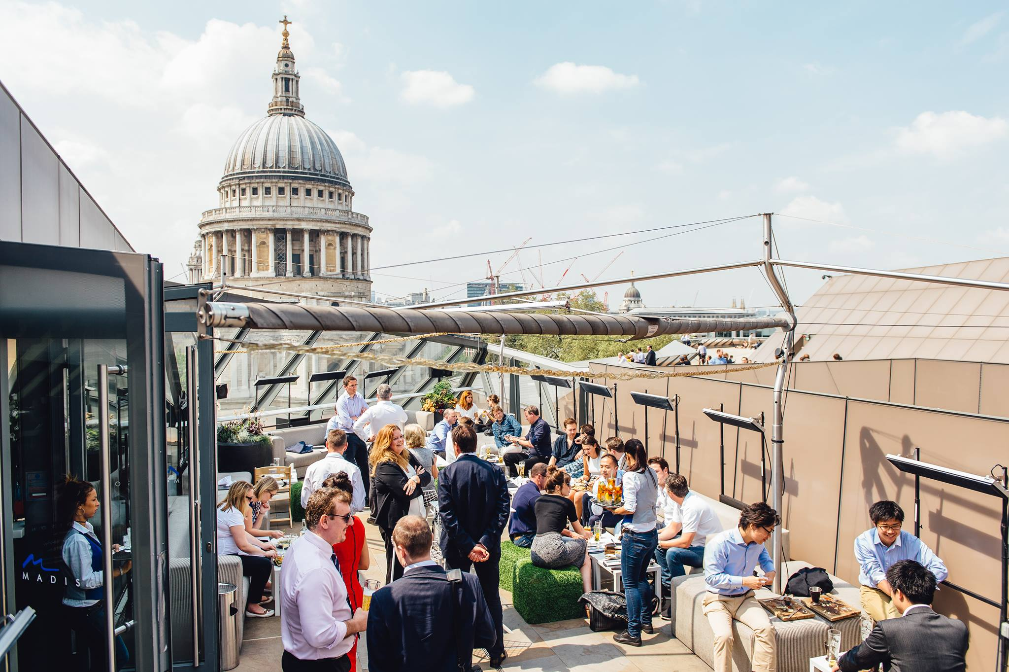 GDI Hosting London Rooftop Christmas Drinks Party With White Label Dating & Scamalytics