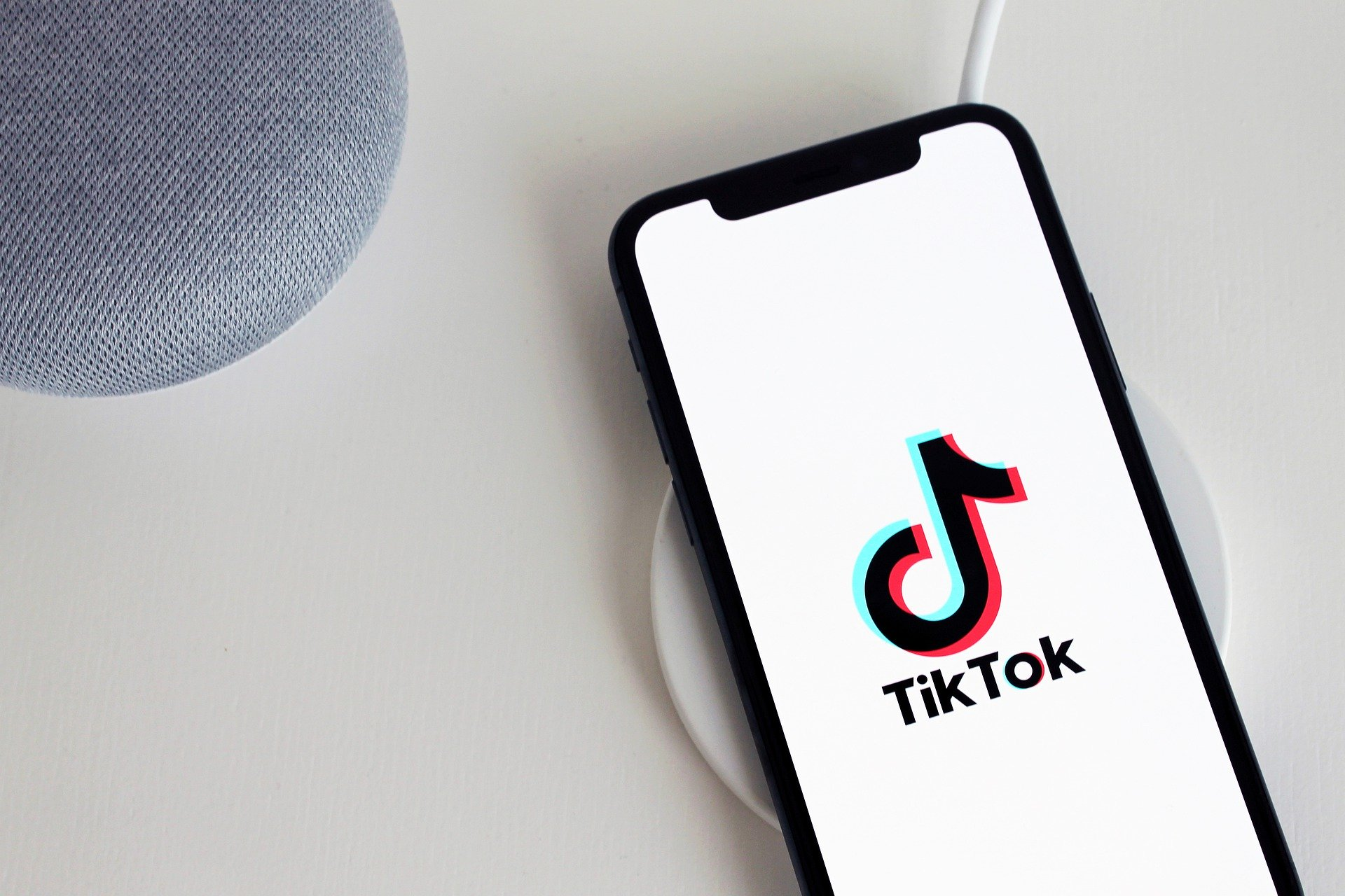 Tinder Launches 'Love Songs' Series Two on TikTok
